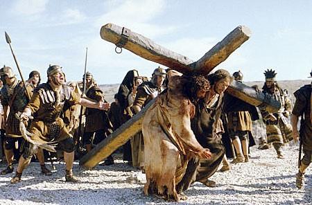 jesus-carries-the-cross.jpg
